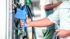 Em 2021 gasolina sobe 13% e deve ficar ainda mais cara